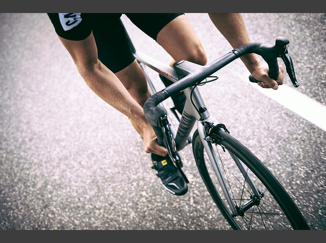 RB-2016-Canyon-Ultimate-CF-SLX-in-action---by-Tino-Pohlmann-(4) (jpg)
