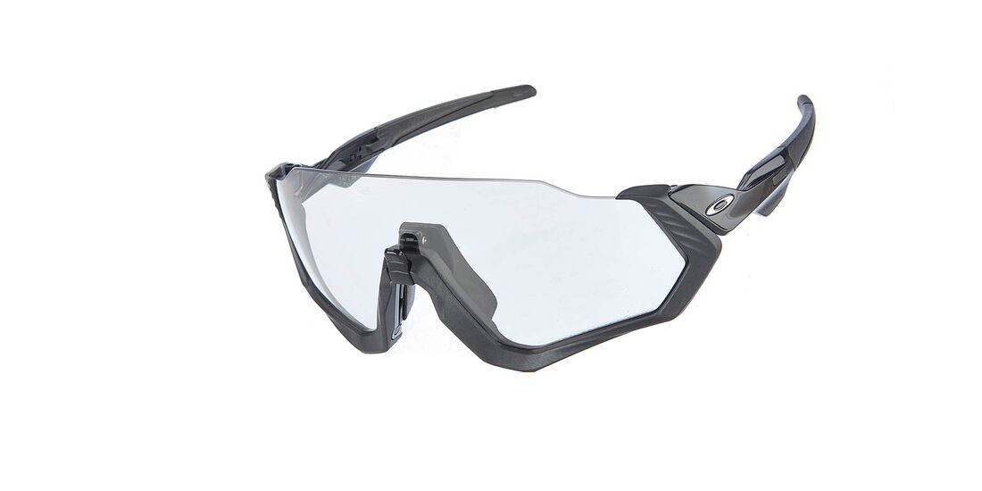 rb-0619-photochromatisch-BHF_Brillen_Oakley_Flight_Jacket.jpg