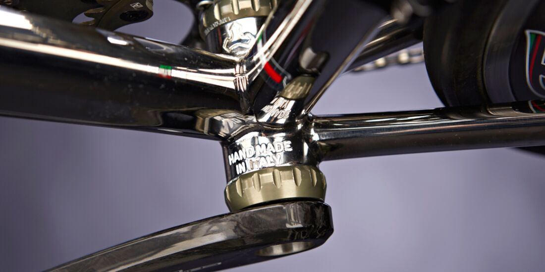 rb-1215-tommasini-x-fire-detail2-drake-images (jpg)