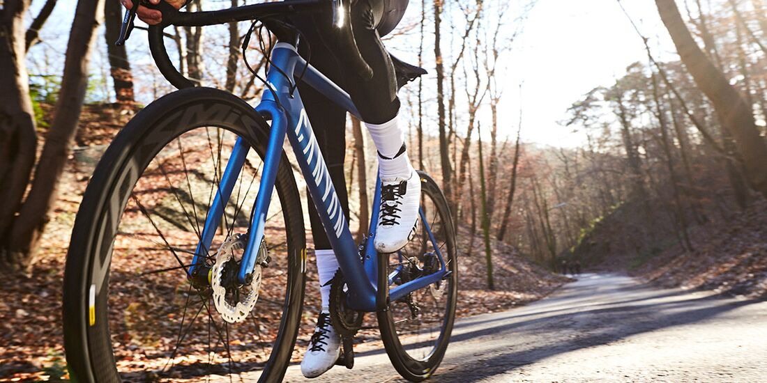 rb-2017-Canyon-Bicycles--Action-(8).jpg